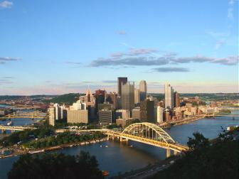 Pittsburgh skyline ~ Another beautiful hometown picture.