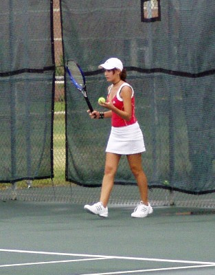 Laney just before a singles pro-8 match @ 05 USA Team State Championships