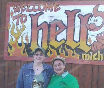 Mara and Fyn in Hell, Mi