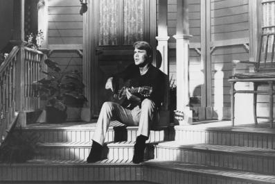 A cool black and white Glen Campbell picture.