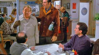 Classic Seinfeld Fans Remember the Festivus Pole *Smile*