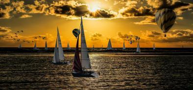 Hot Air Balloons & Sailin' Sailers Image ~ Auction